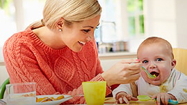 Bebeğime ne zaman Eti Cicibebe vermeye başlamalıyım ve nasıl verebilirim?