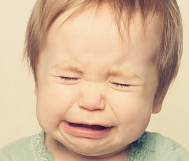 Bebeğim Neden Ağlar? Ne Yapmalıyım?
